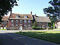 Cottages in Holdenhurst Village - geograph.org.uk - 513186.jpg