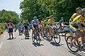 Critérium du Dauphiné 2014 - Etape 6 -Peloton au ravitaillement (1).jpg