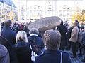 Düsseldorf, Enthüllung des Uecker-Nagels am Anfang der Königsallee, 2013-11-20 (11).jpg