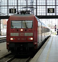 DB 101 136-0 Leipzig Hbf 02.JPG