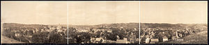 Decorah, Iowa - Panoramic view of Decorah, 1908