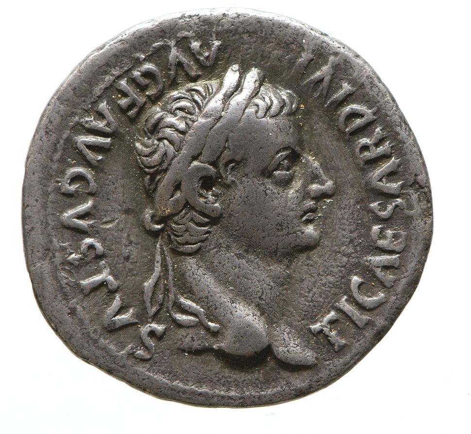 Denarius of Tiberius (YORYM 2000 1953) obverse
