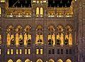 Detail façade neues Rathaus Vienna night.jpg