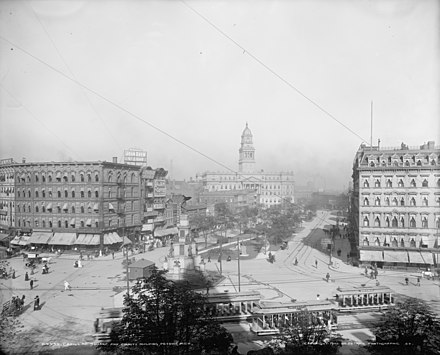 Cadillac Square and county building in Detroit, Michigan Detroit 1902.jpg