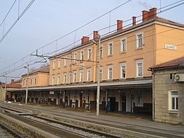 Divaca train station.jpg