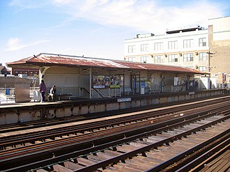 Diversey station - Diversey station in October 2006, prior to reconstruction