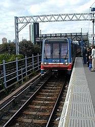 Docklands Light Railway 26 Coming into Stratford (13405801).jpg
