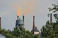 Donezk Schwerindustrie rauchender Schornstein.jpg