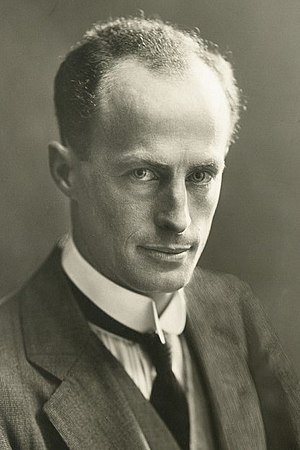 Douglas Mawson 1914 1.jpeg