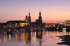 Dresden bei Nacht.jpg