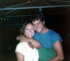 Dudu Topaz -  Topaz with radio producer Rachel Haramati at Kol Israel radio, Tel Aviv (1984)