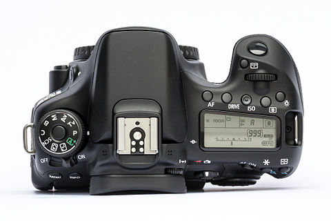 EOS70D top.jpg