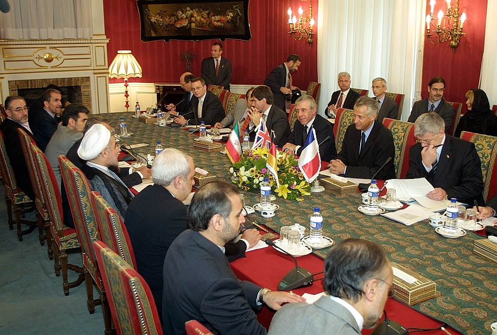 EU ministers in Iran for nuclear talks, 21 October 2003
