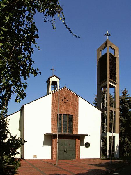 File:Edemissen Kirche kath.jpg