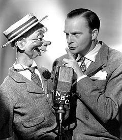 Edgar Bergen and Mortimer Snerd 1941.JPG