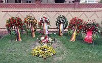 Ehrengrab Chausseestr 126 (Mitte) Egon Bahr.jpg