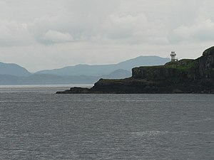 Eilean Chathastail, lighthouse - geograph.org.uk - 916403.jpg
