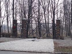 Brama obozu na Zgodzie