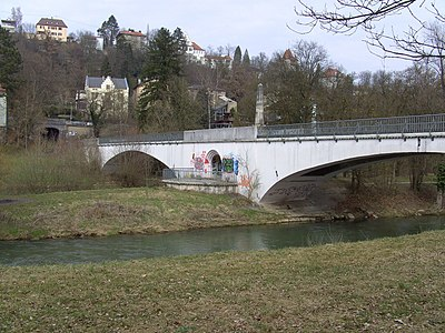 Eisenbahnbrücke über den Neckar in Tübingen.jpg