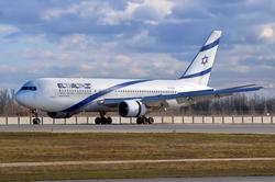 מטוס אל על מדגם בואינג 767