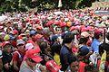 El pueblo venezolano acompañó los restos de su presidente Hugo Chávez Frías en la Academia Militar (8537956449).jpg