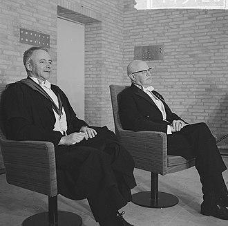 Colin Clark (economist) - Image: Eredoctoraten in Tilburg, links Colin Clarke en rechts mr Romme, Bestanddeelnr 914 5126