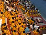 Вечерние молитвы на берегу Ганги, Муни ки Рети, Ришикеш.jpg