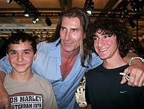 Fabio Lanzoni with nephews.jpg