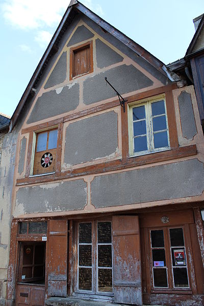 File:Facade du 26 rue du jerzual.JPG Исторические памятники Динана, достопримечательности Динана, фотографии Динана