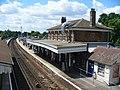 Farnham Station - geograph.org.uk - 1885870.jpg