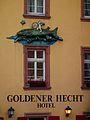 "Fassade ""Goldener Hecht"" Heidelberg Altstadt.JPG"