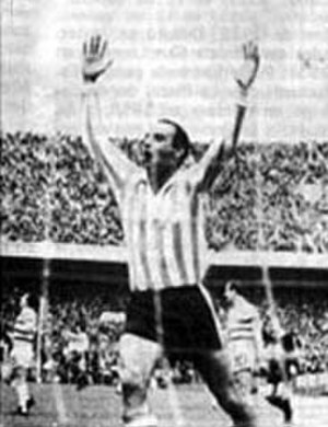 1967 Intercontinental Cup - Humberto Maschio celebrates one of Racing's goals in their 2-1 win over Celtic