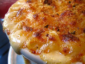 Closeup of macaroni and cheese with a panko br...