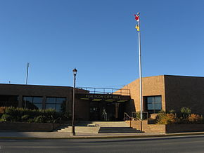 Flin Flon City Hall.JPG
