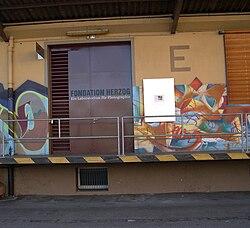 Fondation Herzog 2009-25-01.jpg