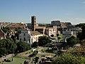 Foro Romano y Coliseo al fondo desde los balcones del Palatino - panoramio.jpg