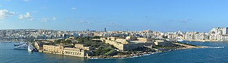 Fort Manoel - Fort Manoel seen from  St. Michael's Bastion in Valletta