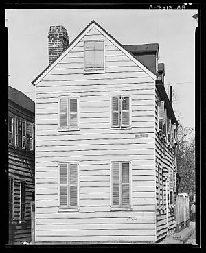 Walker Evans - Frame house. Charleston, South Carolina 1936