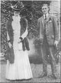 Franklin D. Roosevelt and Eleanor Roosevelt in Hyde Park - NARA - 195434.tif