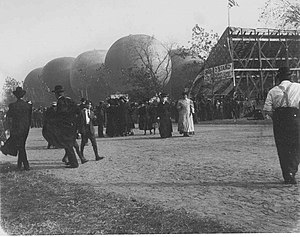 Gordon Bennett Cup (ballooning) - Image: GB Cup Grandstand Mass Inflation of Balloons