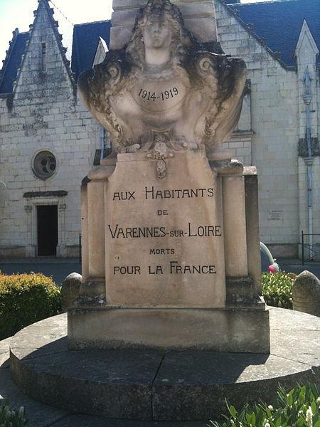 Monument aux morts de Varennes-sur-Loire