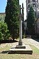 Girona, Monestir de Sant Pere de Galligants, Wayside cross.JPG