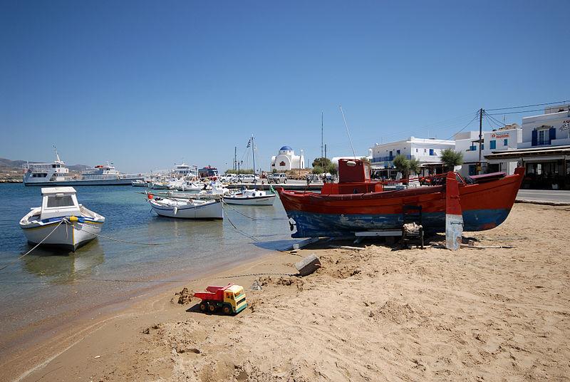 File:Griechenland Antiparos Fischerhafen.JPG