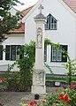 GuentherZ 2012-08-11 3775 Frauenkirchen Franziskanerstrasse Bildstock.jpg