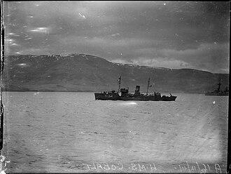 HMCS Cobalt (K124) - HMCS Cobalt leaving Iceland