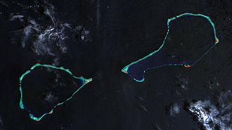 Hall Islands - Landsat picture of the Hall islands: Nomwin to the west, Murilo to the east