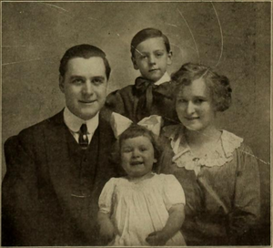 Harry Benham - Harry Benham with wife Ethyle Cooke and children Leland and Dorothy circa 1912