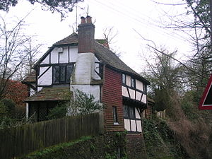 Pulborough - Image: House near Pulborough Church