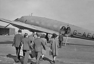 Bristol (Whitchurch) Airport - A BOAC de Havilland Albatross at Whitchurch, circa 1941