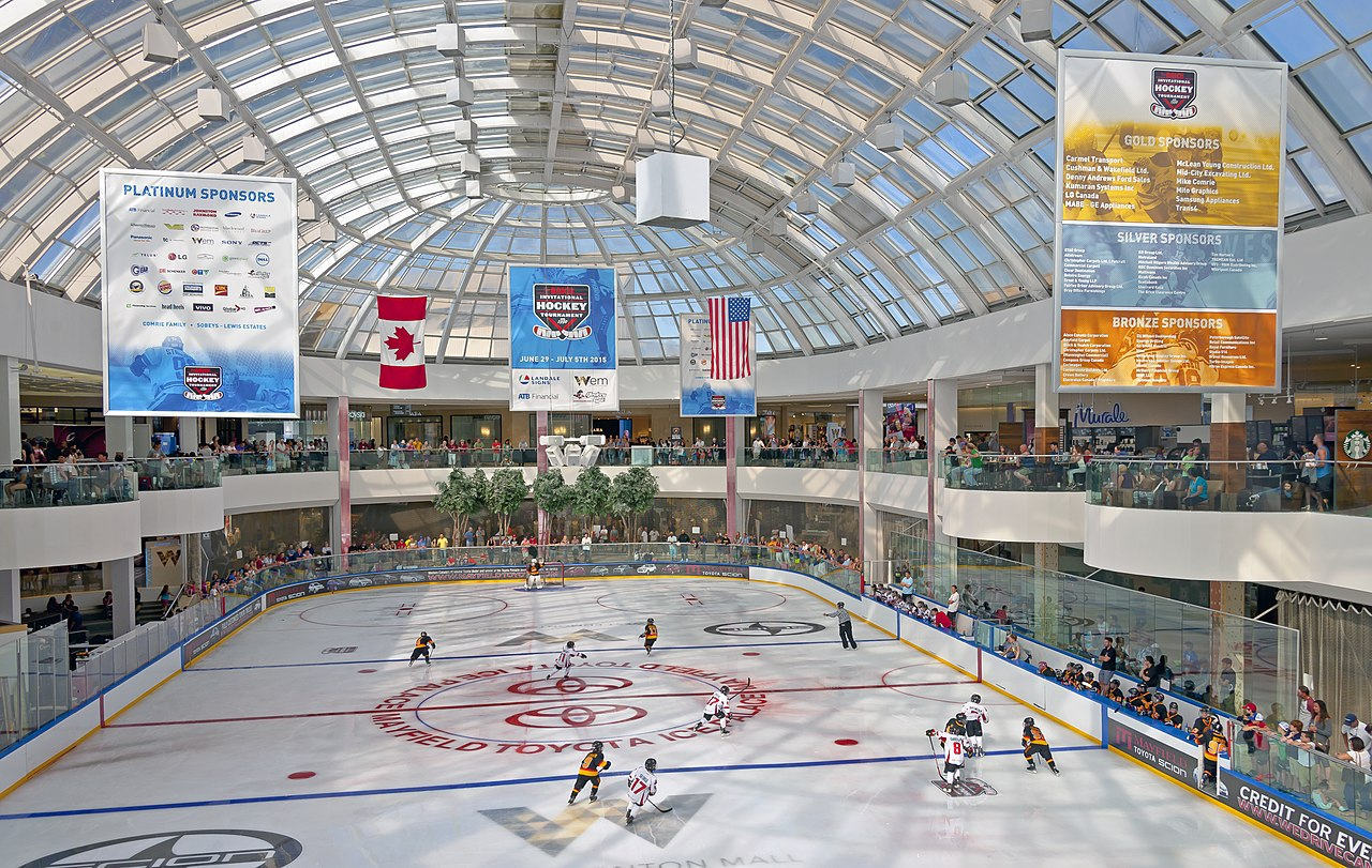 File Ice Palace At The West Edmonton Mall During The Brick